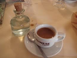 cafe avec le  corretto à part